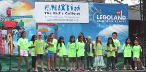 Community Day 2013 Singing